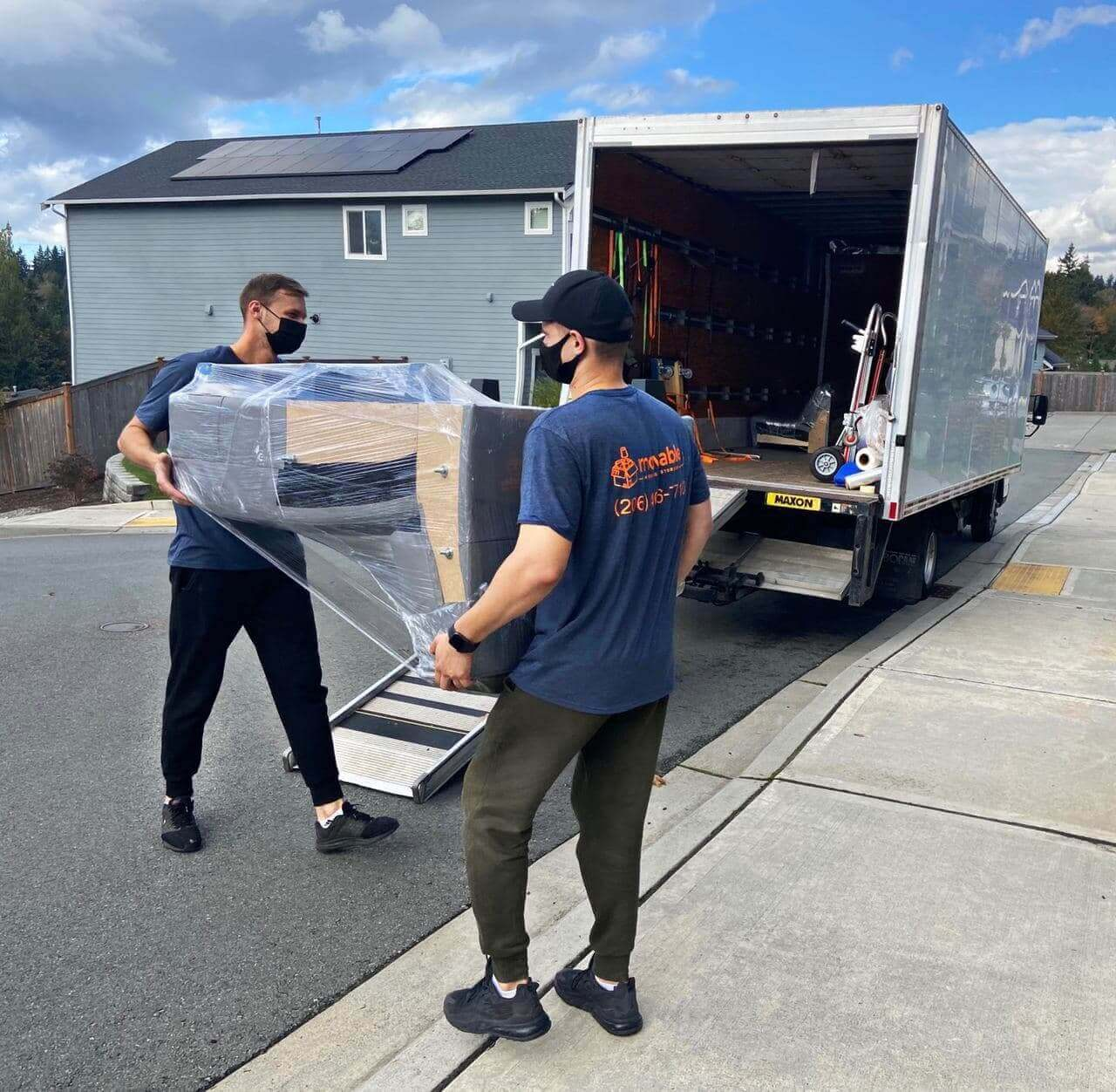 Movers in Lynnwood
